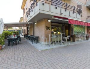 Nuovo tour virtuale a Cadelbosco per Pausa Caffè.